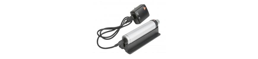 Fonti di alimentazione come manici per batterie, manici ricaricabili, batterie ricaricabili